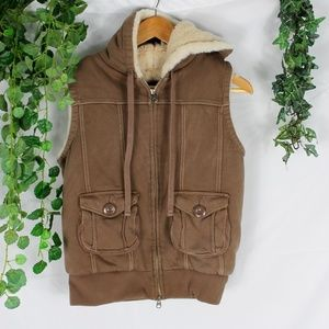 Gap warm fuzzy faux fur vest XS